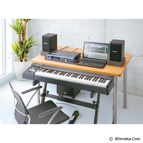 jual roland piano digital rd 64 bhinneka. Black Bedroom Furniture Sets. Home Design Ideas